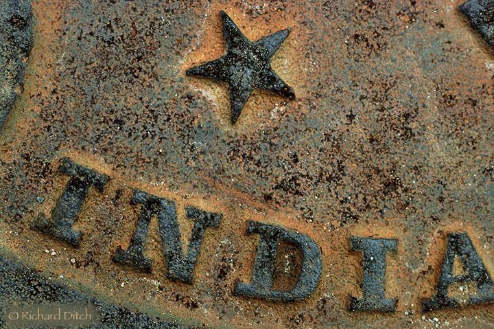Star India Manhole Cover